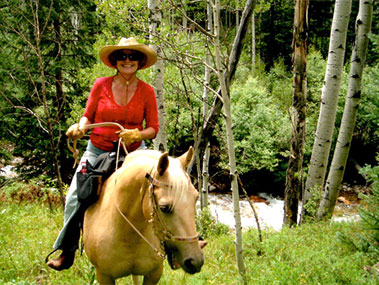 Lee Congdon specializes in residential homes with land for horses in Sedona and the Verde Valley Arizona